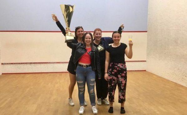 Damenteam holt Meisterschaft