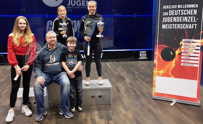 Lucie holt u17 Titel bei deutscher Meisterschaft – Nina glänzt mit Bronze in der u13 bzw. Gold in der u11